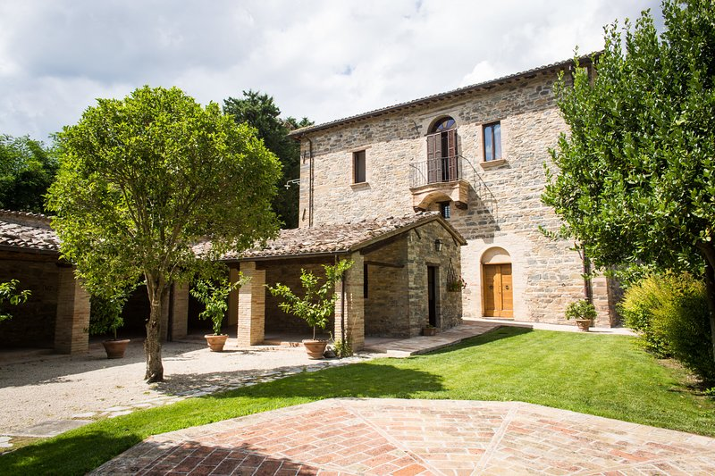 Villa Leoni, holiday rental in San Severino Marche