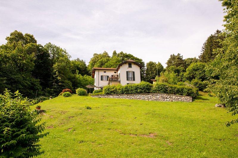 Villa Sogno di Bellagio, holiday rental in Magreglio
