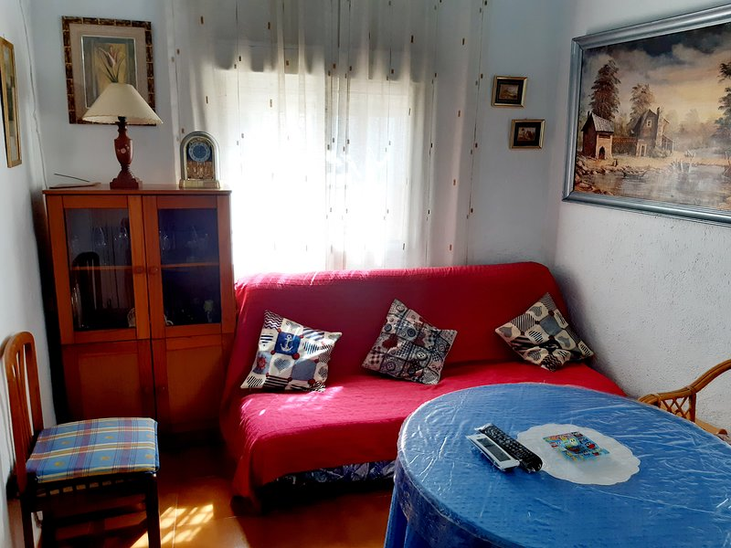Spacious house with mountain view, holiday rental in Abla