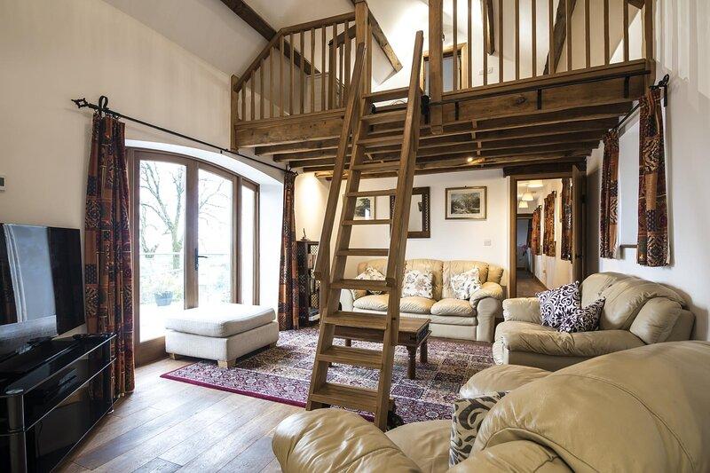 Orchard Cottage - Luxurious Barn Conversion - Beavers Hill, location de vacances à Sageston