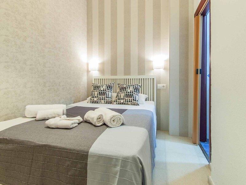 Charming apartment historic center / WiFi, location de vacances à Las Navas de la Concepcion