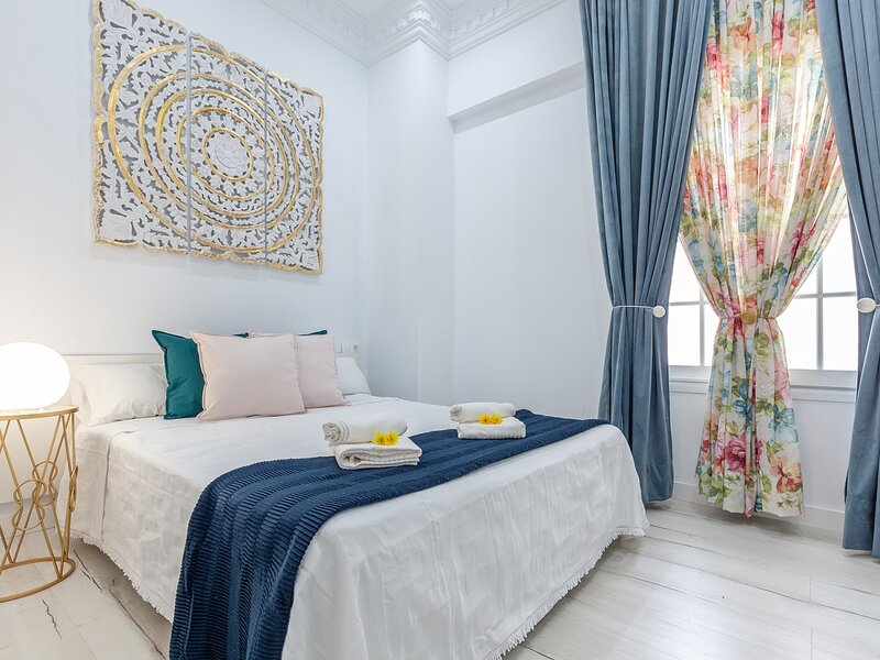 Tranquility and Minimalism - 5 px - Seville - 2 Rooms - WIFI, vacation rental in Mairena del Aljarafe
