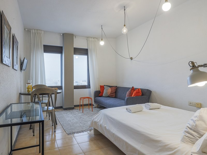 Ideal apartment in Triana with views-Heart Seville, holiday rental in Fuente del Rey