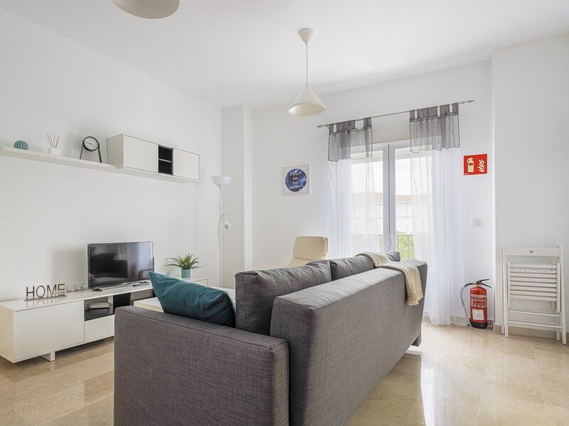 Apt high qualities 2 bedrooms Alcalá del Rio, casa vacanza a El Ronquillo
