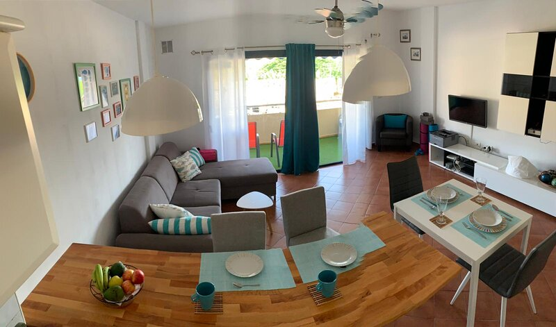 Beach Lovely apartment with stuny views. BEST VALUE IN THE AREA., holiday rental in Guia de Isora