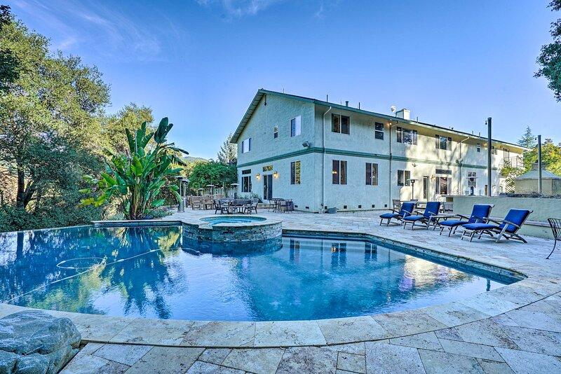 NEW! 6,000-Sq-Ft Modern Retreat - 15Mi to San Jose, vacation rental in New Almaden