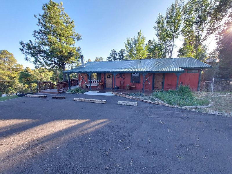 Our Deer Cabin, holiday rental in Ruidoso
