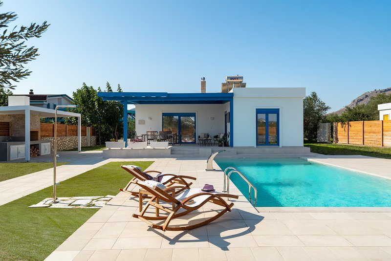 Serenity Villas - Thalassa, holiday rental in Kolympia