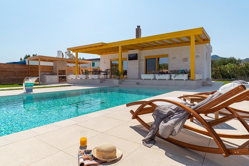 Serenity Villas -Ilios, holiday rental in Kolympia