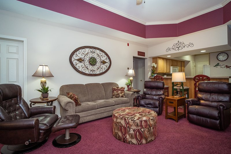 Spacious, Comfortable Living Room offering Cable TV/DVD and a Sofa Bed