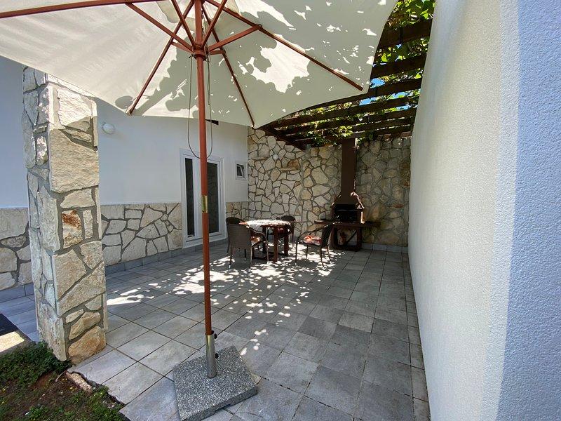 Apartment Mandica 1, location de vacances à Basanija