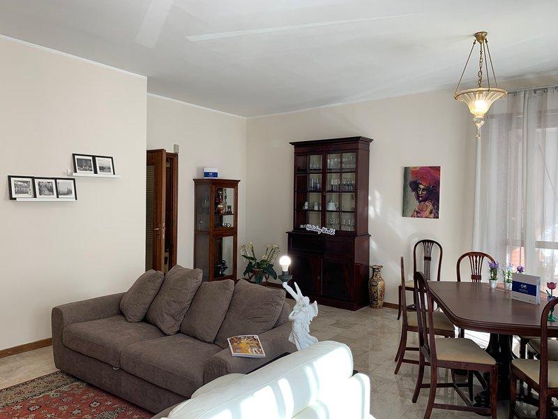 IPA2811 La Casa di Katy by Holiday World, location de vacances à Grugliasco