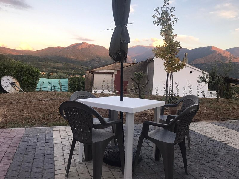 Casa Gioia - Natura e Relax, holiday rental in Castelluccio Superiore