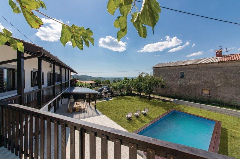Villa Sistiana, holiday rental in Savogna d'Isonzo