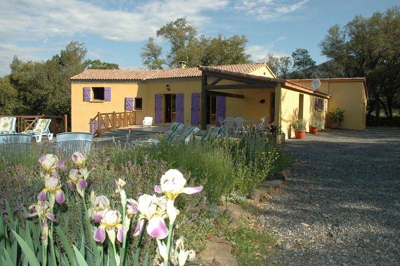 Amazing villa with swimming-pool, alquiler de vacaciones en La Mole