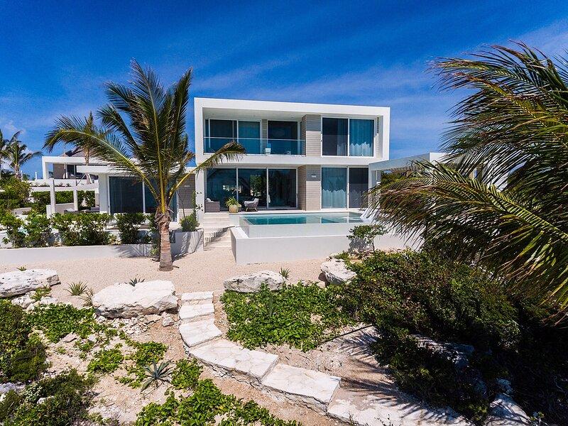 Ocean Dream 5 BR Aqua, alquiler de vacaciones en Leeward