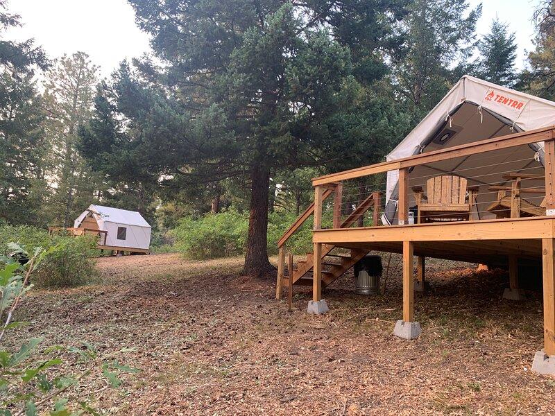 Tentrr Signature Site - Satori Farm Cayenne, location de vacances à Pine