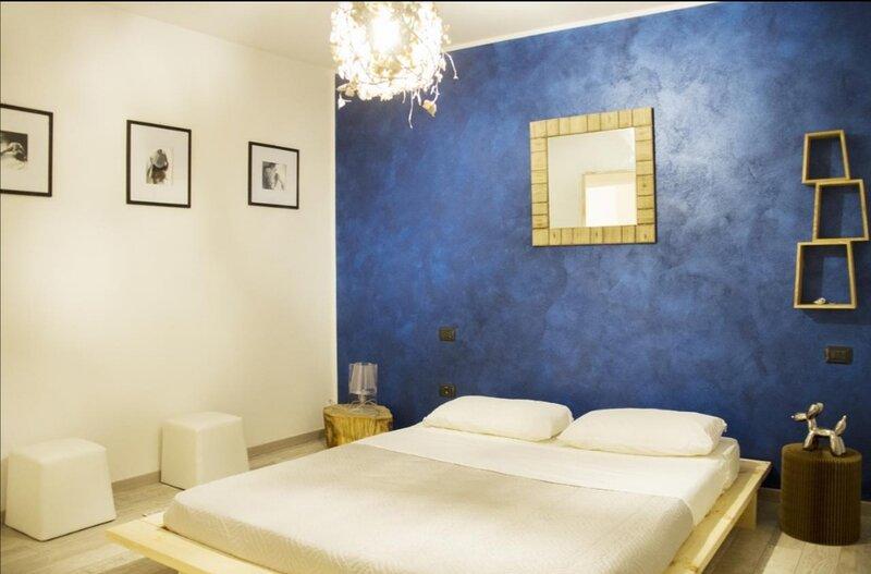Appartamento molto carino e curato,con cucina accessoriata, giardino, posto auto, vacation rental in Pergolese
