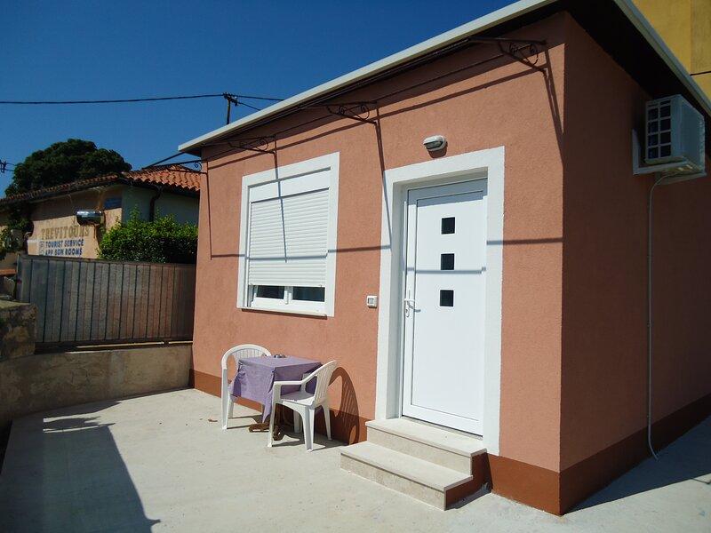 Studio Ana 2, alquiler vacacional en Basanija