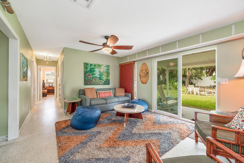 Beach Access 3 Bed Villa & Game Room! Pet Friendly, holiday rental in Viera