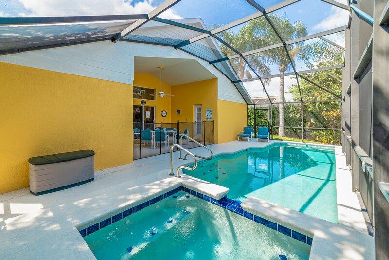 Orange Grove Retreat - Solar Heating Included!, holiday rental in Bay Lake