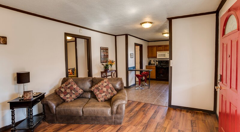 The Cabin House (1BD/1BA), holiday rental in Bethany
