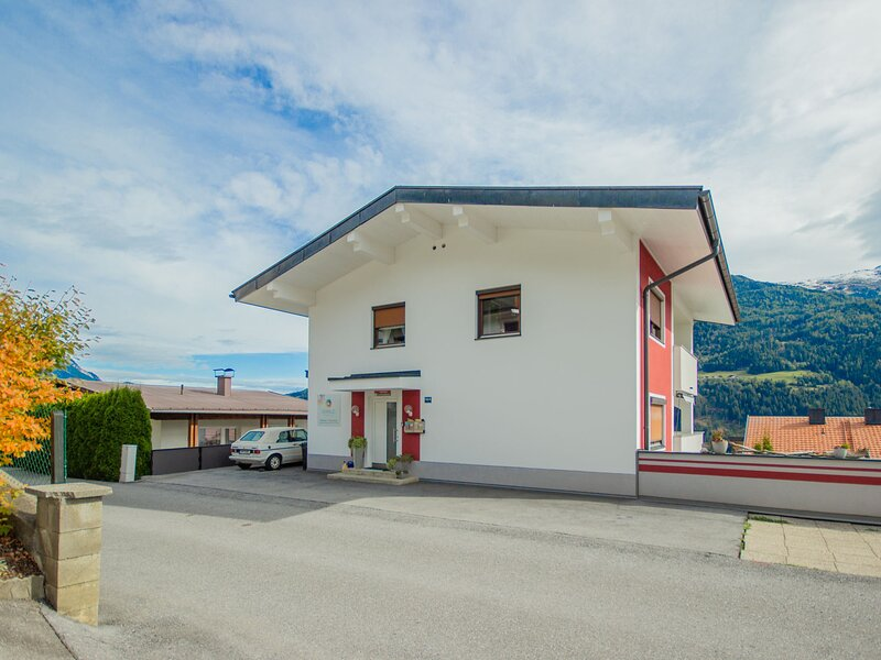 Milli, vacation rental in Tarrenz
