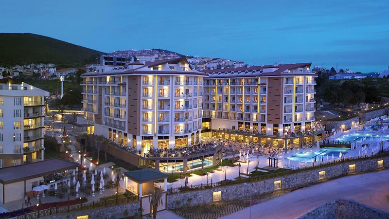 Resort Hotel Apartment in Kusadasi - Medical Professional Workers Stay for FREE, Ferienwohnung in Selcuk