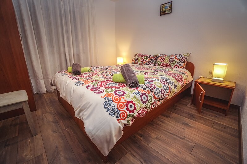 Linda Beach Apartments 2, holiday rental in Zambratija