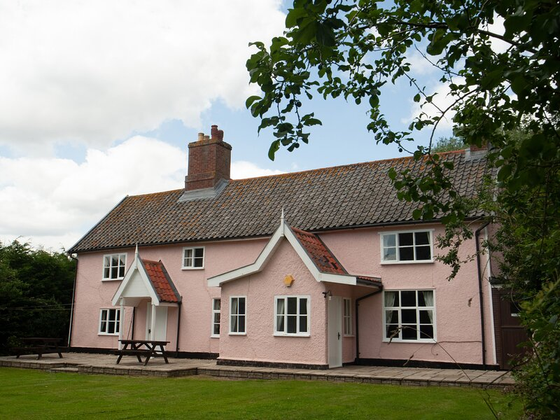 St Michael's House, St Michael South Elmham, vacation rental in Ilketshall St Lawrence