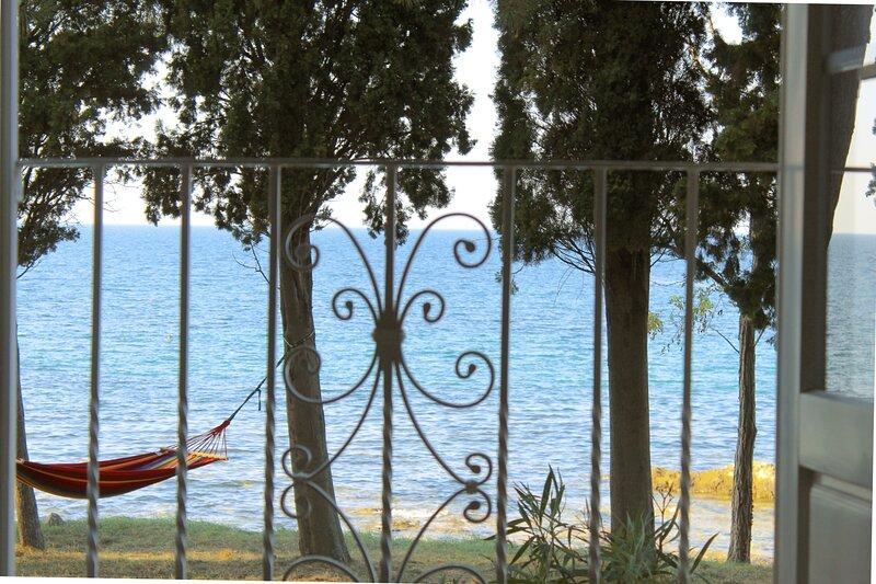 Seafront Apartment Teresa, casa vacanza a Savudrija
