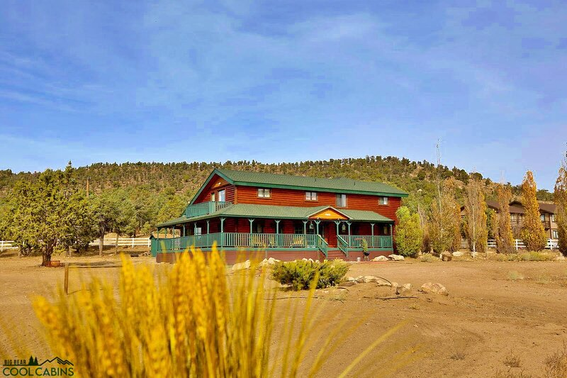 Bear Family Ranch, holiday rental in Sugarloaf