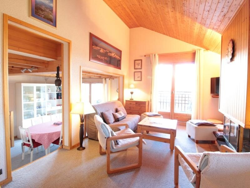 4pièces 8pers proche des pistes, vacation rental in Les Carroz-d'Araches