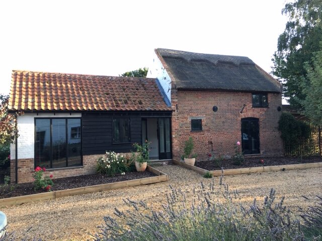 Modern cosy and comfy barn in a rural quiet village - just North of Norwich, location de vacances à Norwich
