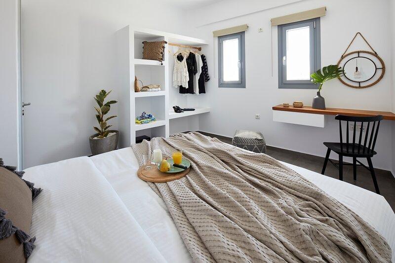 Pnoi One Bedroom Luxury Suites, holiday rental in Karterádhos