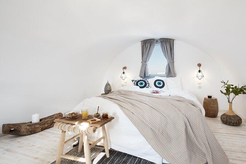 Pnoi Split level - Two Bedrooms Luxury Suites, holiday rental in Karterádhos