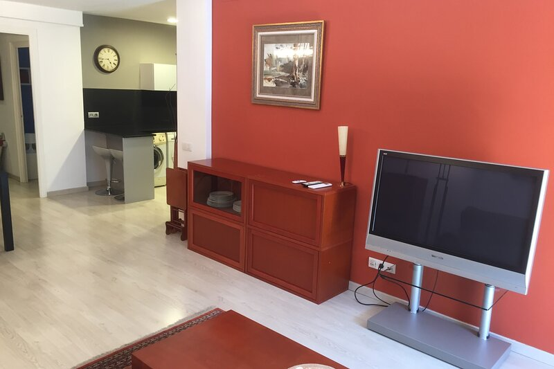 NEW! Family Apartment in the upper area of Barcelona, vacation rental in Sant Cugat del Valles