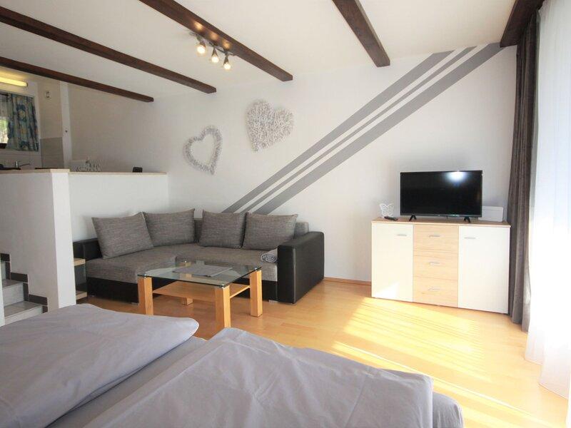 Sonnenappartements, holiday rental in Huttschlag