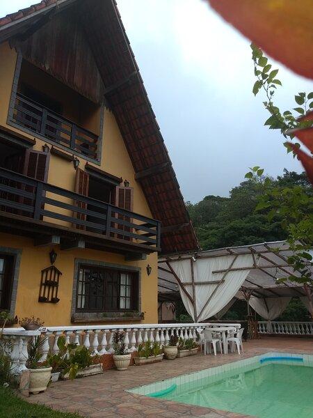 Casa Ampla c/ Piscina e Churrasqueira Perto da CBF, location de vacances à Araras