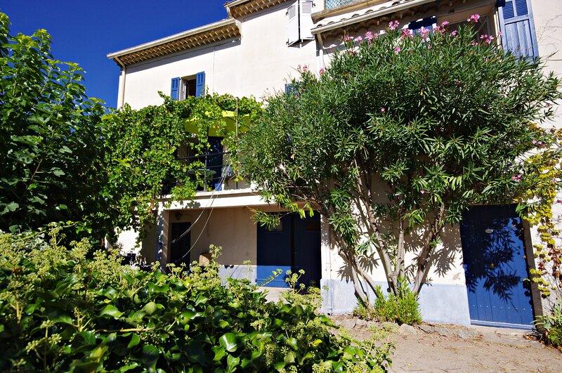 Apartment in Les Arcs sur Argens, location de vacances à Taradeau