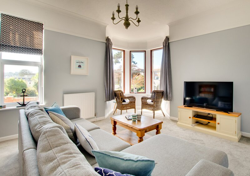 Flat 2 Marine Approach, vacation rental in Studland