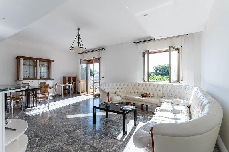 Anita Domus - Appartamento a Pescara con vista – semesterbostad i Santa Teresa di Spoltore