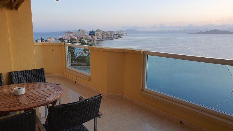 La Manga - Primera linea de Playa - 1 dormitorio, vacation rental in La Manga del Mar Menor