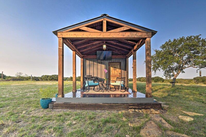 NEW! Ranch Living in May, ~10 Mi to Lake Brownwood – semesterbostad i Bangs