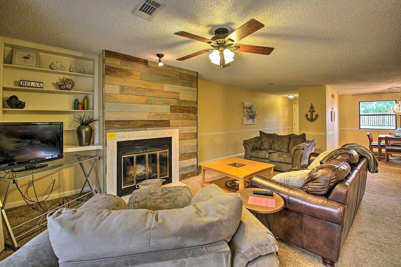Hot Springs Vacation Rental | 2 BR | 2 BA | 2nd Floor | 1 Story