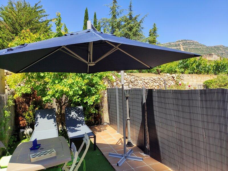 Alojamiento L'Agulla Prohibida, Cornudella de Montsant, holiday rental in Prades