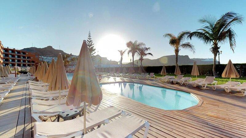 One Bedroom apartment with sea views, vacation rental in Playa de Cura