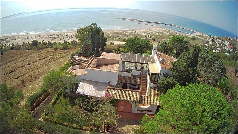 Villa Mamma Blue, holiday rental in Porto Palo