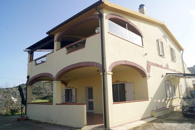 Appartamento Linnalvu SX, casa vacanza a Malamurì