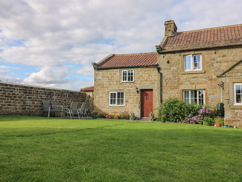 CHURCH FARM ANNEX, countryside views, pet-friendly, WiFi, Ref 976821, location de vacances à Sawley
